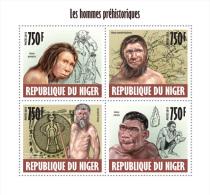 nig13617a Niger 2013 Prehistoric people s/s