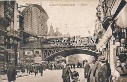 BERLIN - N° 125 - BAHNHOF FRIEDRICHSTRASSE - Estaciones Con Trenes