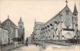 86 - La Puye - Vue De L'Eglise Paroissiale Et De La Chapelle Des Filles De La Croix - Francia