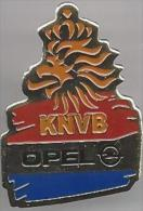 Pin. Badge. Voetbal. KNVB. OPEL - Voetbal
