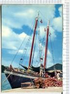 L451 - ANTILLES  RADIEUSES -  Embarquement Du Coprah - Polynésie Française