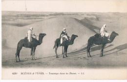 Scenes Et Types  6192 Touaregs Dans Les Dunes - Cartes Postales