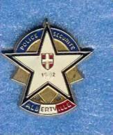 @@ Police Sécurité étoile JO ALBERTVILLE 1992 (2.5x2.3) @@pol06 - Police