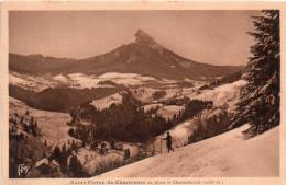 Cpa 1933, SAINT PIERRE DE CHARTREUSE En Hiver Et CHAMECHAUDE, Skieur    (33.72) - France