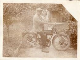 PHOTO 31 -  Carte - Photo Originale ( 12 X 9 ) - Moto / Motocyclette / Motocycliste - Motos
