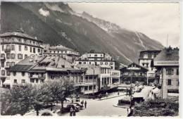 CHAMONIX - Hte-Savoie, Les Quais De L´Arve Et Le Casino - Chamonix-Mont-Blanc