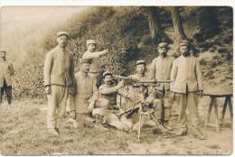 Carte  Photo  Militaire - Soldats, Mitrailleuse - Guerre 1914-18