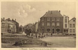BELGIQUE - LUXEMBOURG - MUSSON - Grand'Place Et Vue Sur La Route D'Halanzy. (n°2). - Musson