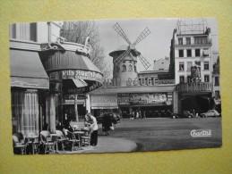 Le Moulin Rouge. - Paris La Nuit