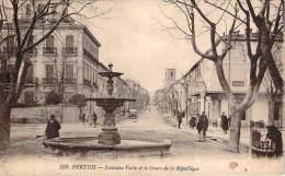84 - Pertuis - Fontaine Verte Et Le Cours De La République - Pertuis