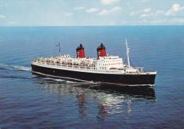 "Hamburg-Atlantic Line Ocean Liner S/S ""Hanseatic"" 30,029 To. , 40-50s - Piroscafi"