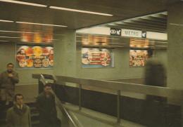 """BRUXELLES (Métro) - L1  -  """"Schuman"""". Mezzanine Ouest......  (scan Verso). - Metro"""