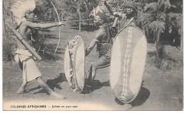 COLONIES AFRICAINES - Joûtes Au Pays Noir - Cartes Postales