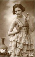Cartolina Antica RAGAZZA CON COLLANA (Fotocelere 903) Anni '40 - PERFETTA G63 - Siluette
