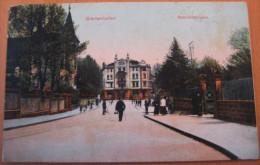 CPA Noir Et Blanc Thionville Diedenhofen Bahnhostrasse - Thionville
