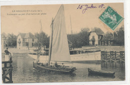 LE POULIGUEN   La Rentrée Au Port D'un Bateau De Pêche  Animée - Le Pouliguen