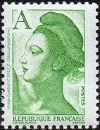 France Liberté De Gandon N° 2423 B ** Variété -> Lettre A  Vert Sans Phophore - 1982-90 Liberty Of Gandon