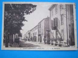 42: SAINT-GERMAIN-LAVAL : La ROUTE NATIONALE : C.P.A. Carte En Trés Bon état :animée - Saint Germain Laval