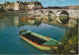 Coulanges  (89) Sur Les Bords De L´Yonne - Coulanges Sur Yonne