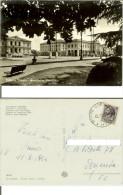 Vittorio Veneto (Treviso): Giardini E Municipio. Cartolina B/n FG Viag. 1964 (timbro Postale Cordignano) - Treviso