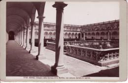 Napoli, Chiostro Della Certosa Di S. Martino Con Colonne Doriche In Marmo 61 - Lieux