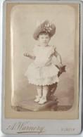 Photo d�Enfant /debout sur chaise/ Avec Chapeau/Albert Warnery/Elbeuf/D Hutinet/Paris/Vers 1885   PH203