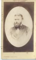 Photo d'Homme Barbu/en costume/J DOESNARD/Lisieux/ /  Vers 1865-70    PH201