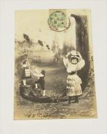 Femmes - Enfants - Alphabet - Lettres :::: J - Donne