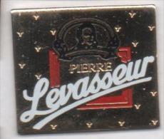 Fromage , Pont L'Evéque Pierre Levasseur - Food