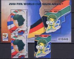 Malta 2010 Football Soccer World Cup Set Of 2 + S/s MNH - Coupe Du Monde