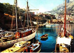 CPSM MONACO LE PORT VOILIERS YACHTS AU LOIN CHATEAU DU PRINCE 1969 - Harbor