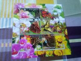 FAUNA-MARIPOSAS,KYRGYZSTAN,HOJA BLOQUE NUEVA,6 SELLOS DEL AÑO 2005 - Butterflies