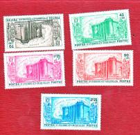 SAINT PIERRE ET MIQUELON  :série Compléte  N 191  à 195 Gomme D´origine Parfaite - Unused Stamps