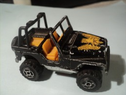 Petit 4x4 Jeep, MAJORETTE, Echelle 1/54 MAde In France. - Autres Collections