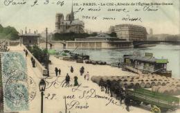 77425 - Paris (75004) Ile De La Cité  Et Ses Tonneaux De Vin Et Abside De Notre Dame L'Eglise - La Seine Et Ses Bords