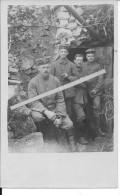 Soldats Allemands à La Sortie D´un Abri Chauffé Décoration Ruban 1carte Photo 1914-1918 14-18 Ww1 WwI Wk Poilus - War, Military