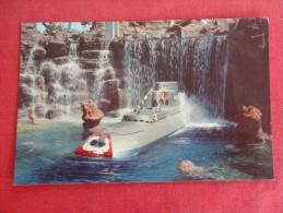 Disney > Disneyland  Submarine Falls  Not Mailed  Ref 1295 - Disneyland