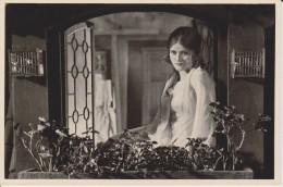 GERMAN MOVIE CIGARETTE CARD 1920's CINEMA Actress MARIA MATRAY / SOLVEG Film Der Meister Von Nürnberg  (1927) - Zigarettenmarken