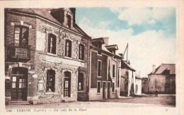 St-Erblon (35) Un Coin De La Place - Recette Buraliste - Other Municipalities