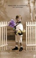 Herzlichen Glückwunsch Zum Geburtstag, Bub Mit Blumenstrauß, Karte Gelaufen 1912 Von Dresden Nach Oschatz - Kinder