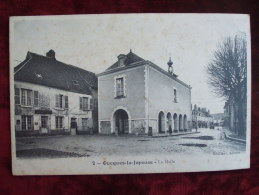 SDV4-41- OUCQUES  LA JOYEUSE  -  LA HALLE - France