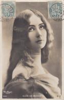 CPA  PHOTO REUTLINGER    CLEO De MERODE  Cheveux Longs Collier  Timbrée 1905 - Artiesten