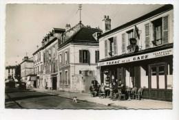 CPSM  95  :  ST MAUR  CRETEIL   Café Tabac De La Gare Animé   A  VOIR  !!!! - Creteil