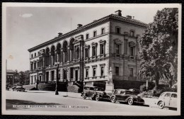 MELBOURNE - TREASURY BUILDINGS WITH OLDTIMERS - Nice ! - Melbourne