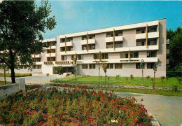 Hotel Minerva, Mamaia, Romania Postcard Used Posted To UK 1981 Stamp - Romania