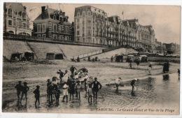 14 - CABOURG . LE GRAND HÔTEL ET VUE DE LA PLAGE - Réf. N°5488 - - Cabourg