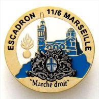 INSIGNE GENDARMERIE NATIONALE MOBILE EGM 11/6 DE MARSEILLE 13  ETAT EXCELLENT - Police & Gendarmerie