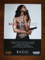 BAZIC INSTINCT Sexy Female With Guns Carte Postale - Advertising