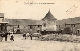 MONTSOULT INTERIEUR DE LA FERME DU GRAND GOURNAY - Montsoult