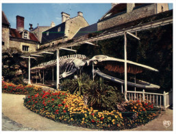 (M+S 101) Luc Sur Mer - Skelette De Baleine - Whale Bones - Pescados Y Crustáceos